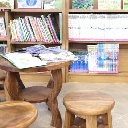 小さな子どもが楽しめる本、大人にもよくわかる本がずらり350冊!
